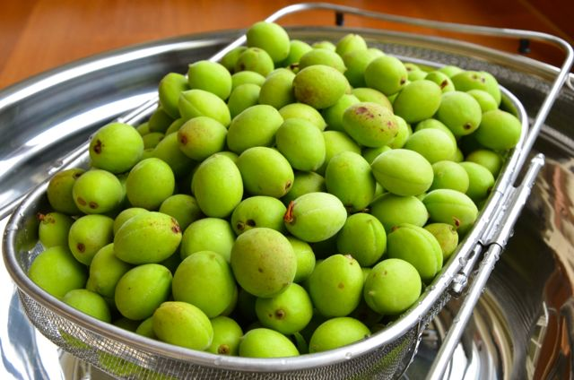 plums_washed and draining