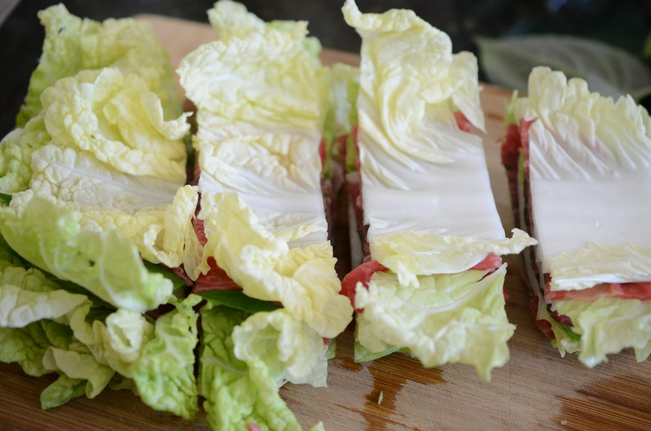 cutting mille-feuille stack for thousand leaves hot pot (nabe)