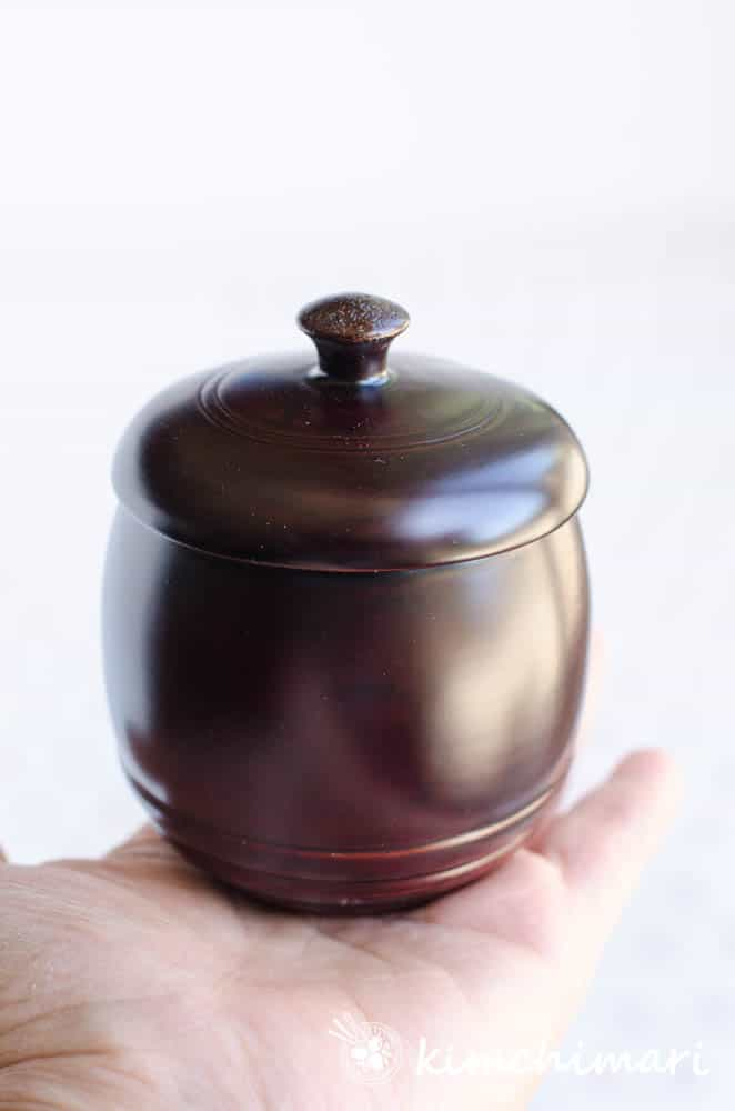 korean otchil lacquered wooden tea cup with lid - shiny and smooth